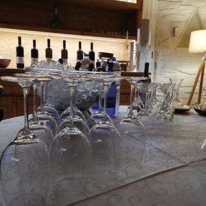 Δοκιμές τοπικών κρασιών σε συνδυασμό με τηνιακή γευσιγνωσία 4