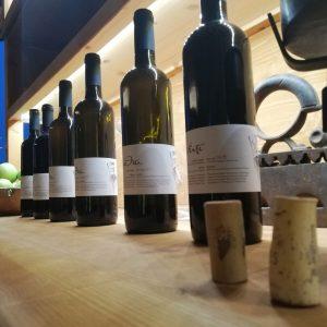 Δοκιμές τοπικών κρασιών σε συνδυασμό με τηνιακή γευσιγνωσία 7
